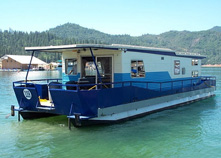 House Boats Are Live In Boats And Are Typically Large, Flat Bottomed Power  Boats With Square Sides And House Like Characteristics.